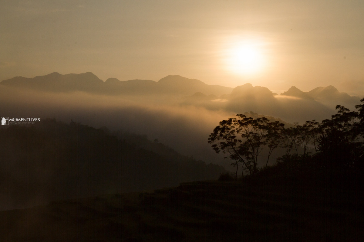 Sunrise in Pu Luong during our photo tour