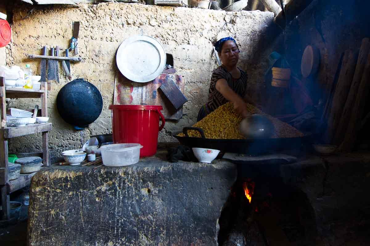 Ladies distilling rice liquor