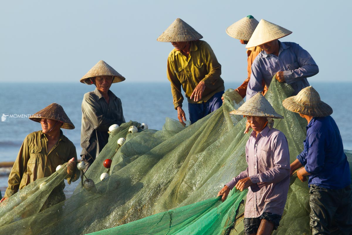 Collective fishing Nam Dinh
