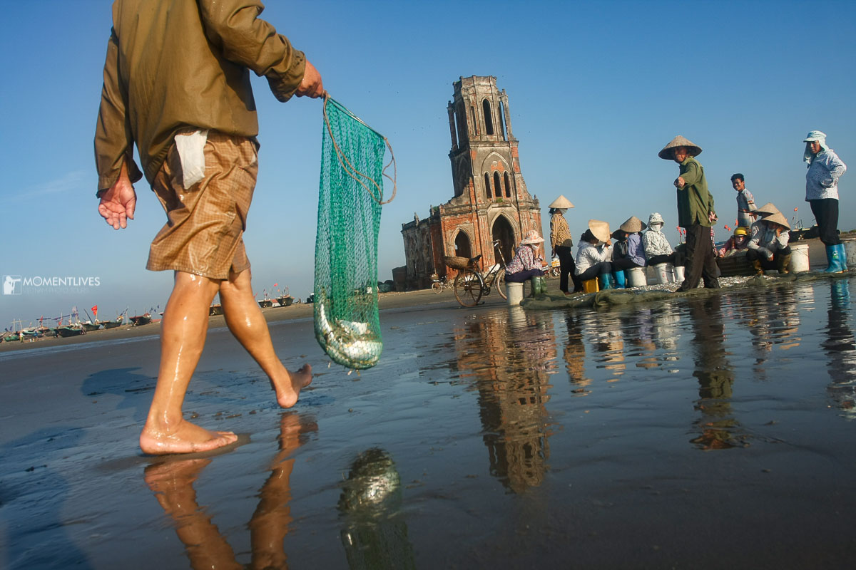 Photography of fishing scenes in Nam Dinh with Momentlives