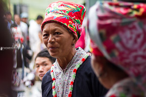 Portrait photography of a Red Dzao lady in Vietnam
